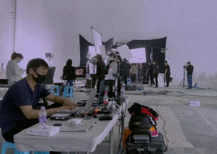 珀莱雅TVC堪比特效制作的实拍,顶致是这么做到!